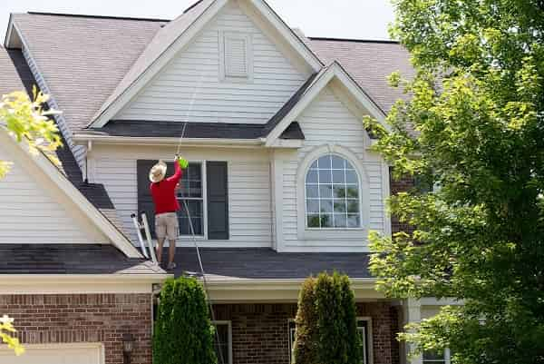 roof cleaning with pressure washer